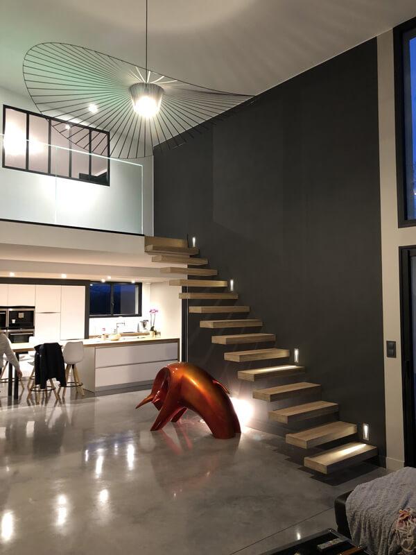 villa peinture design escalier mur et plafond
